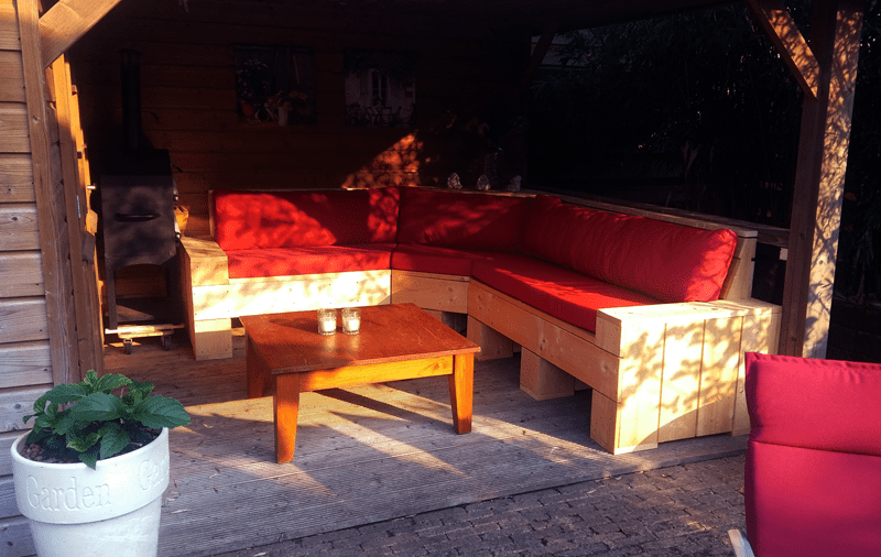 steigerhouten loungeset rood